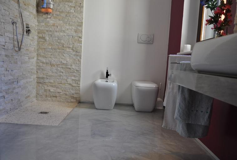Rivestimenti Bagno Resina: Trova santagostino rivestimento bagno design effetto resina e.